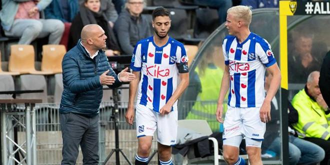 Văn Hậu hết cơ hội đá chính cùng Heerenveen trận tới