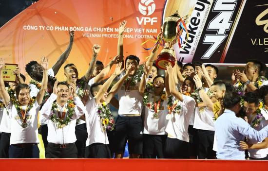 Hanoi FC nhan Cup1