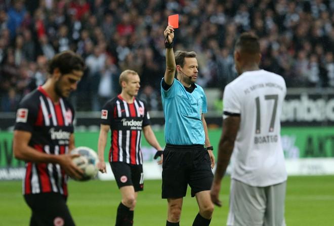 Bayern Munich bỏ tập sau trận thua đậm nhất thập kỷ