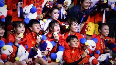 Photo of Tuyển nữ Việt Nam xin ở lại Manila để cổ vũ U22 Việt Nam