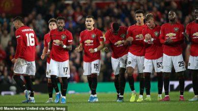 Photo of M.U khó nhọc vượt qua đội bóng hạng 3 bằng loạt đá penalty
