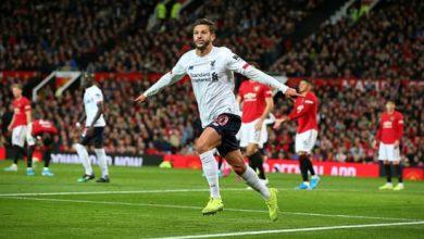 Photo of M.U 1-1 Liverpool: VAR 'quay mặt' với The Kop